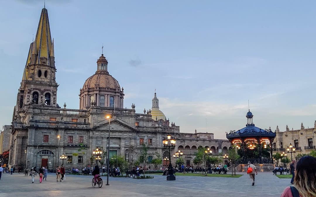 How Much Is It to Charter a Private Jet to Guadalajara?