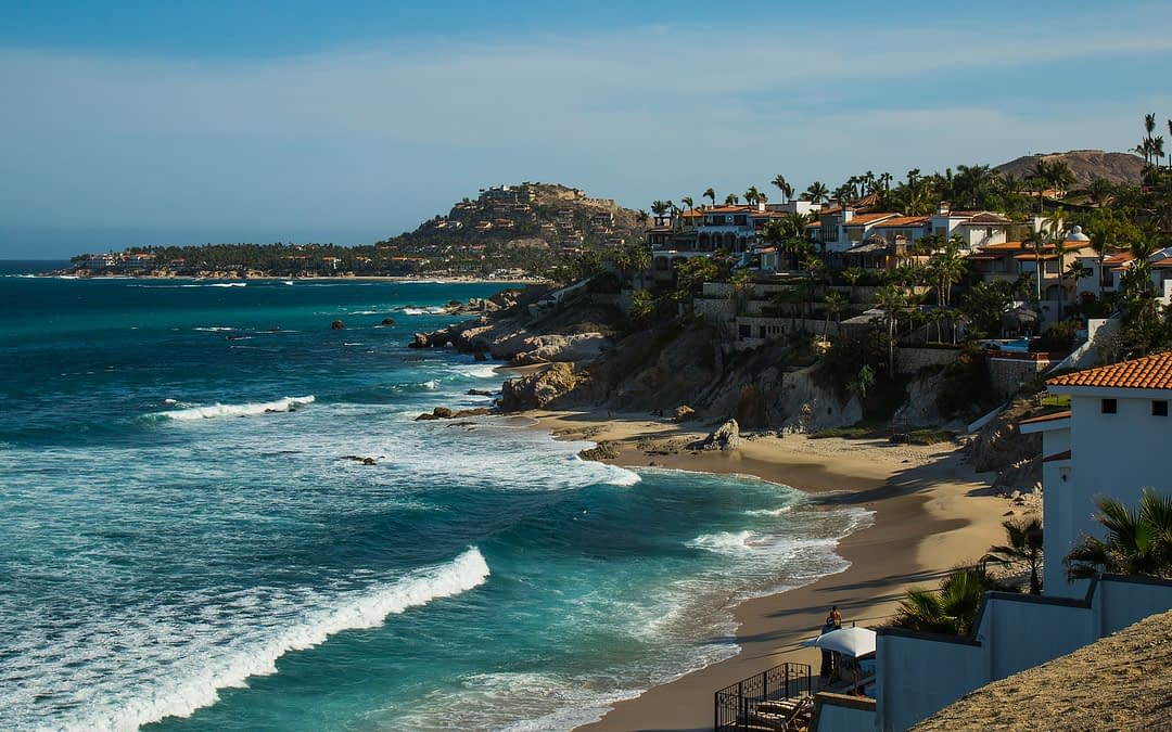 How Much Is It to Charter a Private Jet to Los Cabos?
